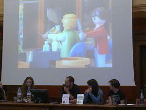 Présentation de la réalisation des élèves par un des établissements à une journée du Master EGALES à Lyon2