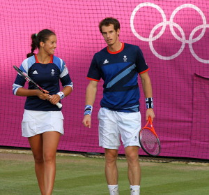 Andy_Murray_and_Laura_Robson_-Wimbledon,_London_2012_Olympics-3Aug2012 - Photo Wikimedia commons
